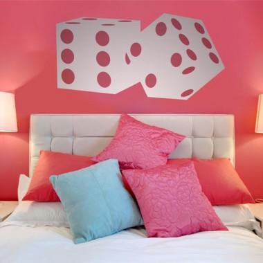 Vinilos juegos stica vinilos decorativos for Vinilos para pared habitacion matrimonio