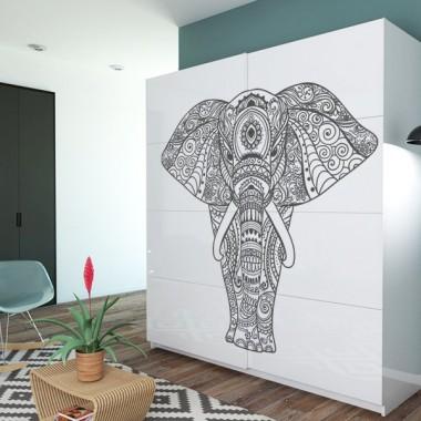 armario decorado con vinilo mandala elefante
