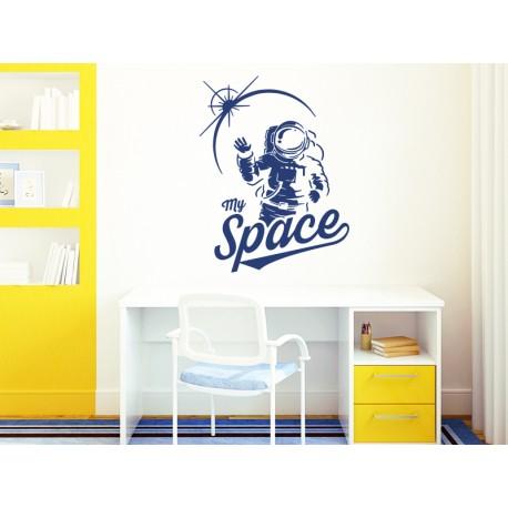 vinilo de astronauta en ambiente